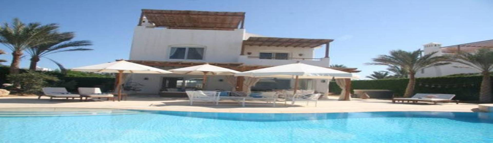 White Villa In El Gouna Phase 5 For Sale